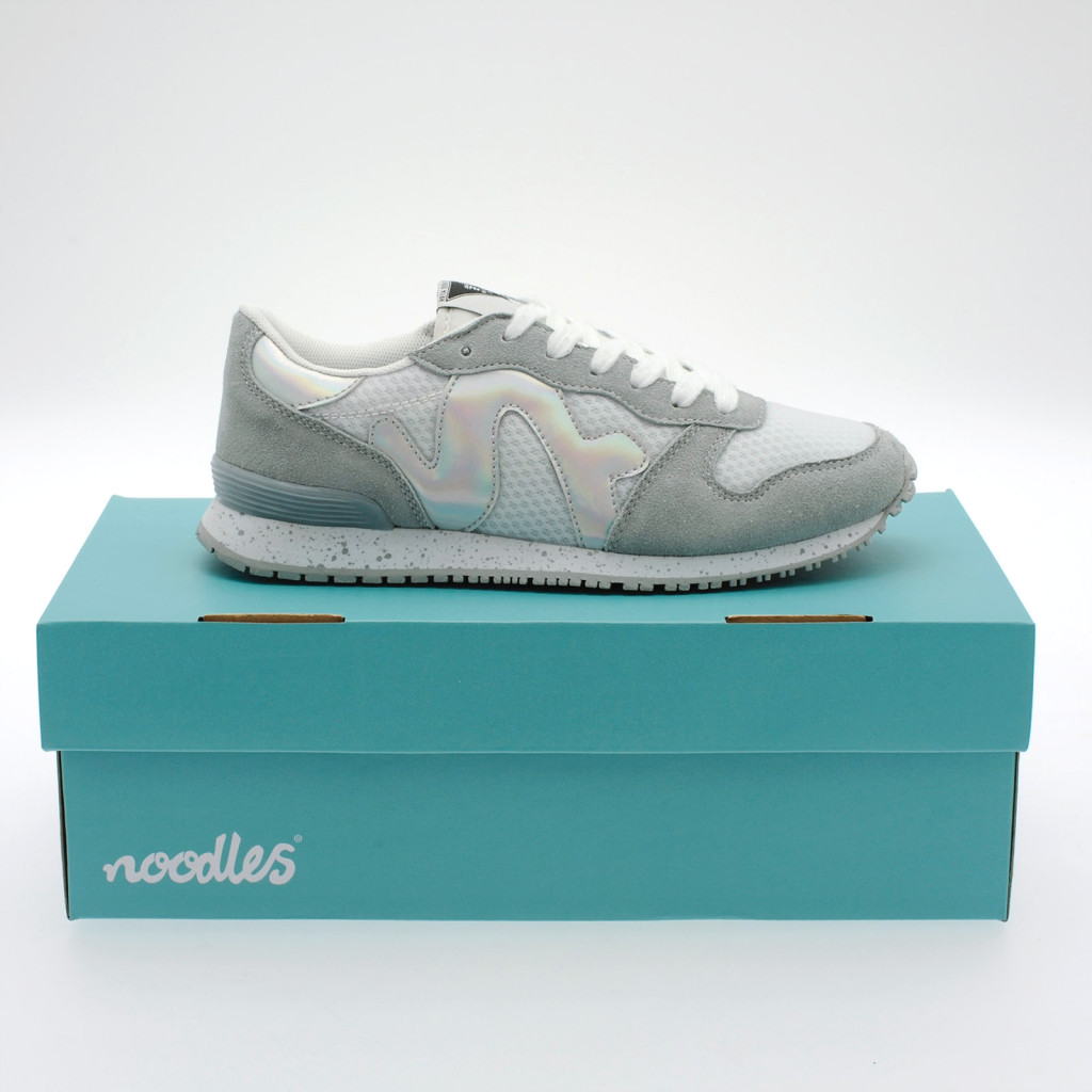 noodles_lady_runabout_grey sneakers